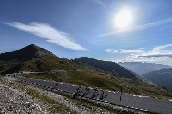 The haute route alps and haute route pyrenees reveal two for Haute route 2018