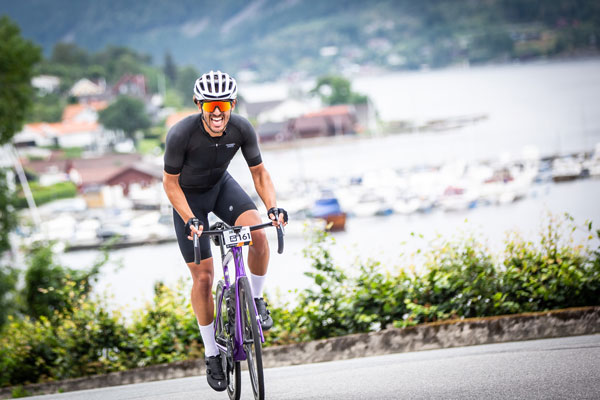 Sunshine and Steep Hills Highlight Tough Stage 1 at Haute Route Norway