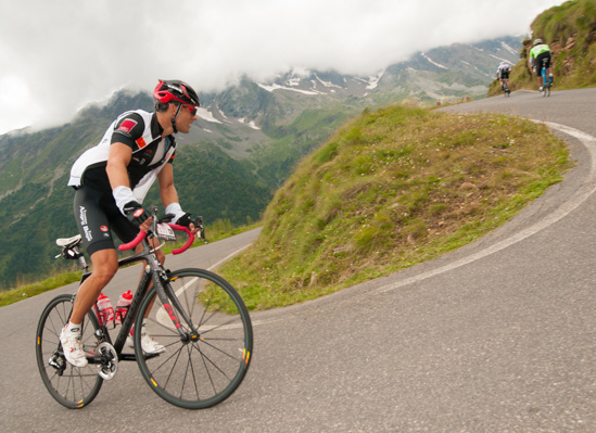 """""""Oh my Gavia""""… Marathon stage pushes the riders to their limits"""
